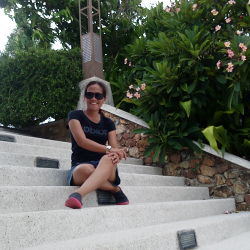 cheerful, single, female, Opong, Philippines
